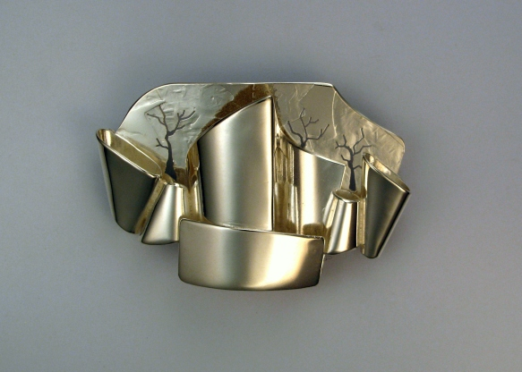 Disney Concert Hall brooch